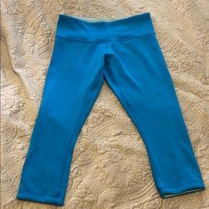 lululemon athletica Pants - LULULEMON Women's Cropped Cerulean Blue leggings!